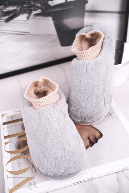 Dámske šľapky farba sivá kód obuvi E111 GREY