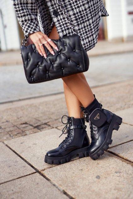 Členkové topánky na podpätku farba čierna kód obuvi NC1090 BLK