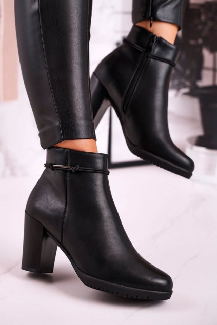 Členkové topánky na podpätku farba čierna kód obuvi BT306 BLACK