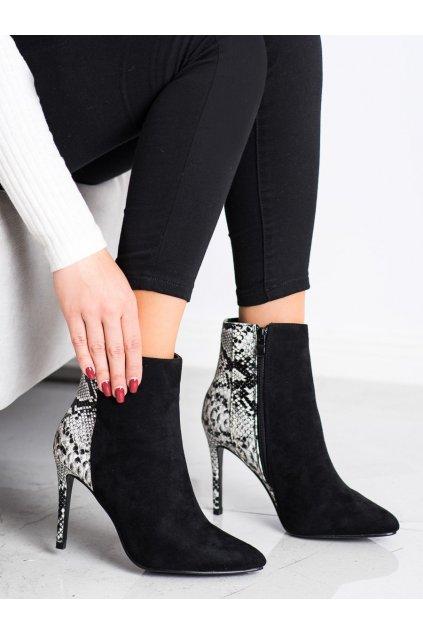 Čierne dámske topánky Small swan kod OM5408B/SN