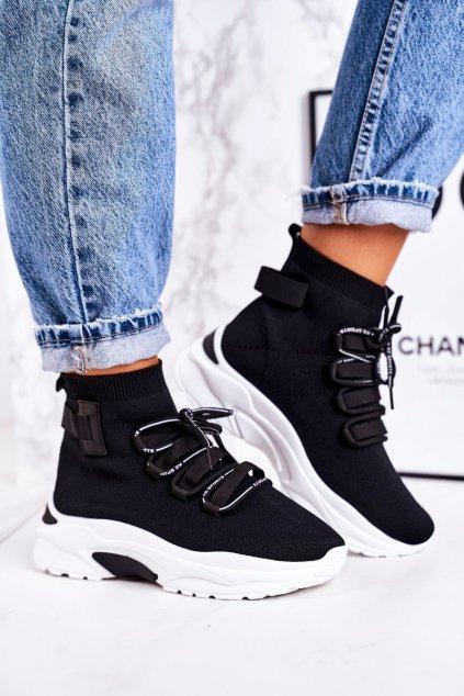 Dámske tenisky farba čierna kód obuvi PC06 BLACK