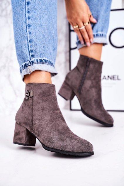 Členkové topánky na podpätku farba sivá kód obuvi 20Y8055-3 GREY