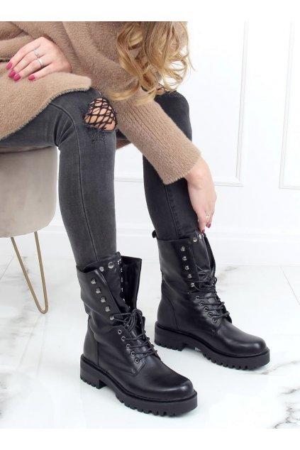 Dámske členkové topánky čierne na plochom podpätku NC1092
