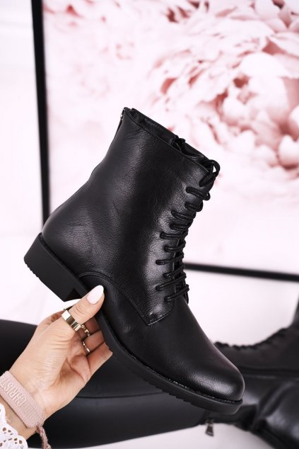 Členkové topánky na podpätku farba čierna kód obuvi A8316 BLK