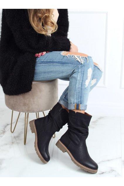 Dámske členkové topánky čierne na plochom podpätku 6981