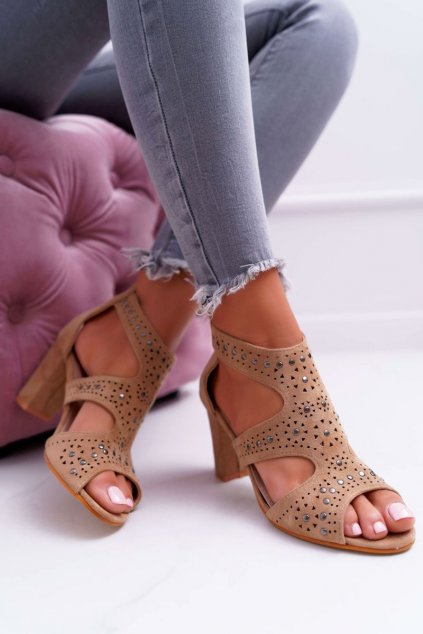 Dámske sandále na podpätku farba hnedá NJSK 1162-973 CAMEL