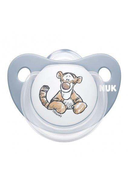 Dojčenský cumlík Trendline NUK Disney Medvedík Pú 6-18m šedý