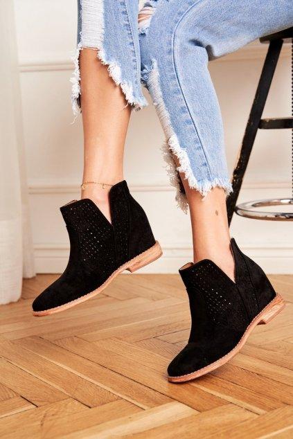 Členkové topánky na podpätku farba čierna kód obuvi 208-1 BLK