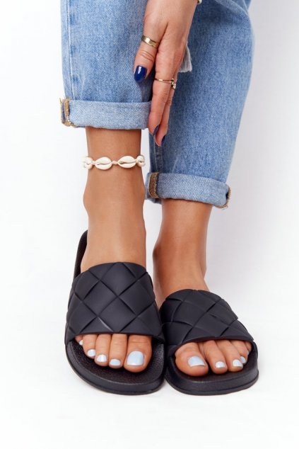 Dámske šľapky farba čierna kód obuvi CK175P BLK