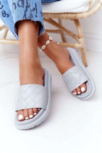 Dámske šľapky farba sivá kód obuvi HH274688 GREY