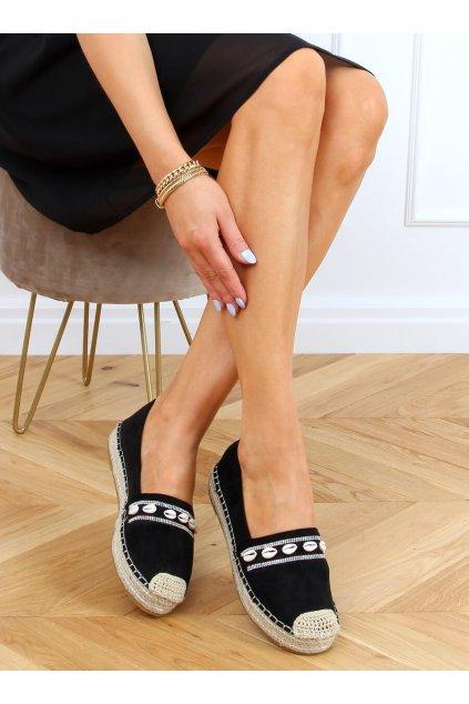 Dámske sandále čierne na plochom podpätku 6771