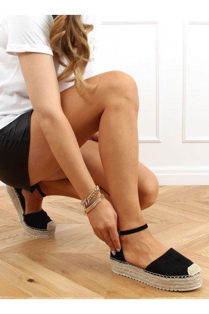 Dámske sandále čierne na plochom podpätku 2138