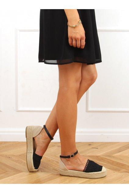 Dámske sandále s plochou podrážkou na platforme čierne 888-85