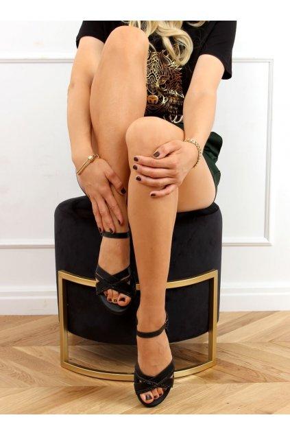 Dámske sandále s plochou podrážkou čierne na plochom podpätku 3160
