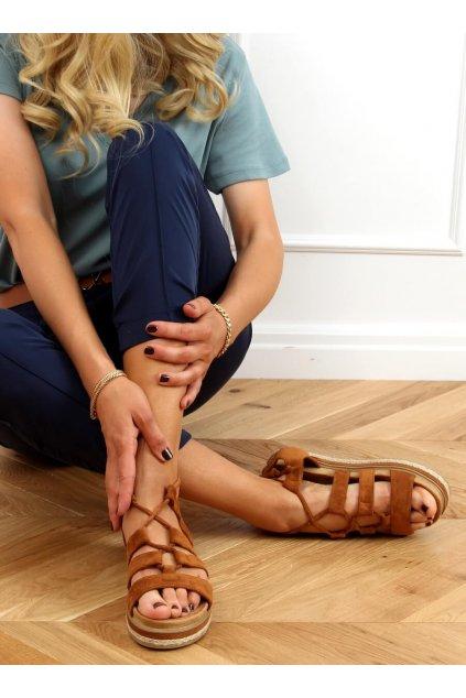 Dámske sandále hnedé na plochom podpätku W86