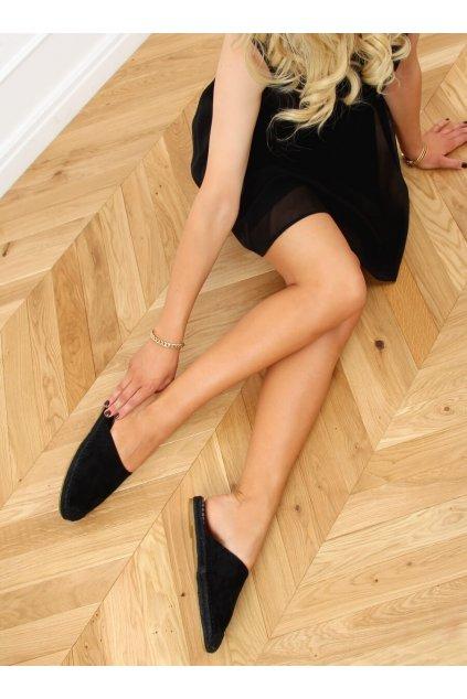 Dámske sandále s plochou podrážkou čierne na plochom podpätku 3899