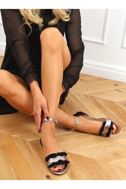 Damske sandále čierne na plochom podpätku 3458
