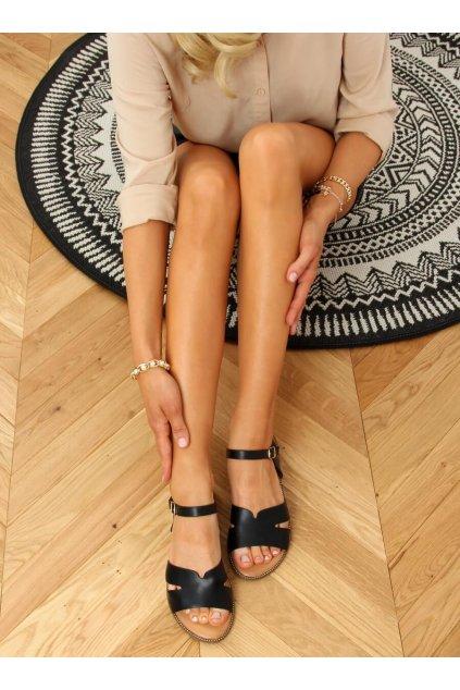 Dámske sandále čierne na plochom podpätku K-20