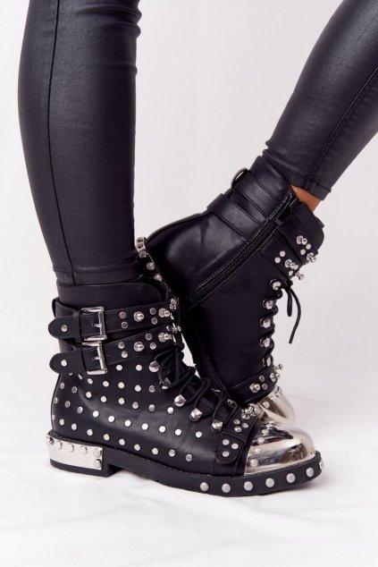 Členkové topánky na podpätku farba čierna kód obuvi XW37342 BLK