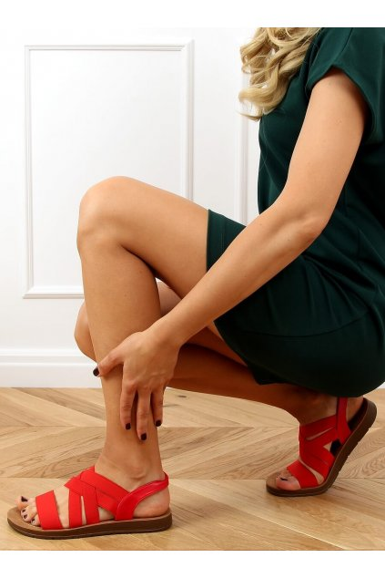 Dámske sandále červené na plochom podpätku 9225
