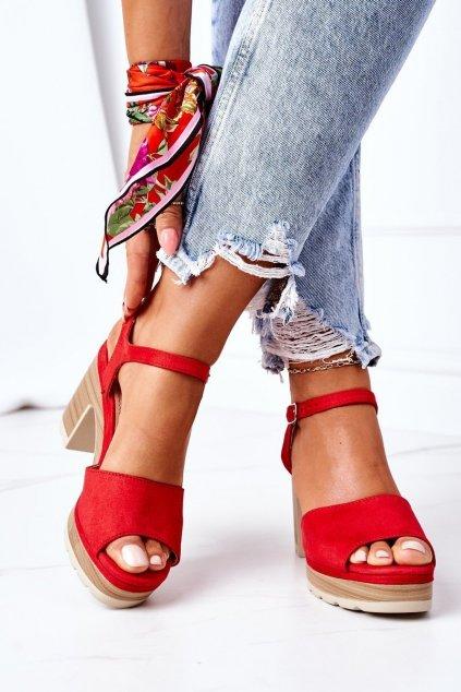 Dámske sandále farba červená kód obuvi AXY-3M119-11 RED