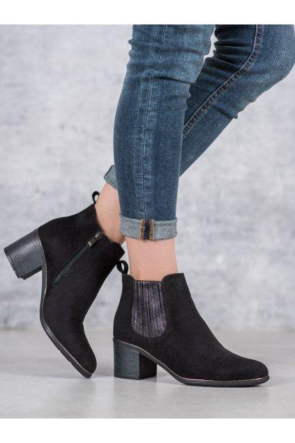 Čierne dámske topánky Filippo kod DBT1064/19B