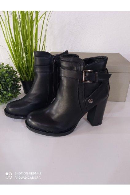 Čierne členkové topánky NJSK 77-17B
