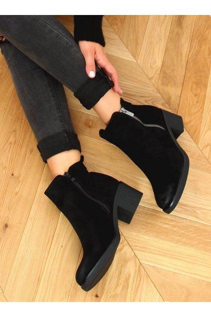 Dámske členkové topánky čierne na širokom podpätku 8301