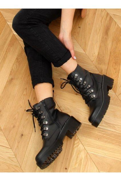Dámske členkové topánky čierne na plochom podpätku KL-785