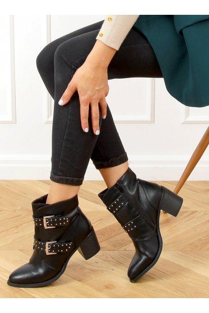 Dámske členkové topánky čierne na širokom podpätku C760