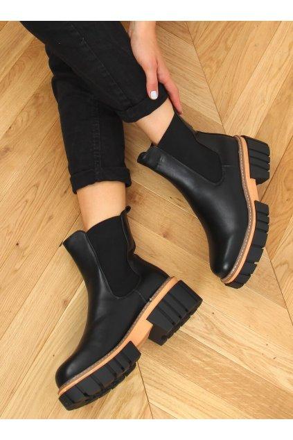 Dámske členkové topánky čierne na plochom podpätku NS228P