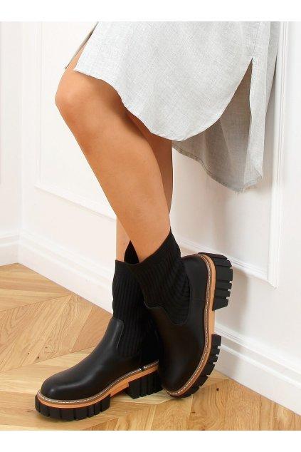 Dámske členkové topánky čierne na plochom podpätku NS227P