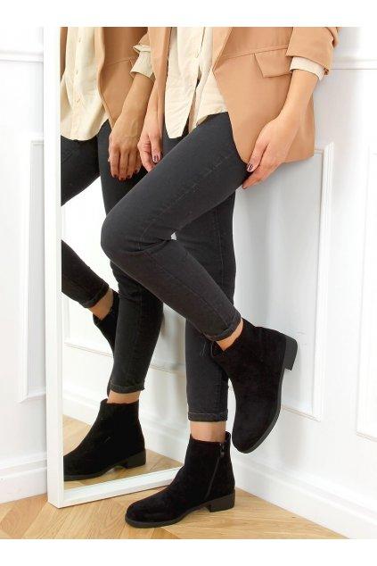 Dámske členkové topánky čierne na plochom podpätku 6215