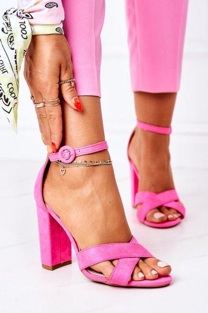 Dámske sandále farba ružová kód obuvi TU133 FLUO FUCHSIA
