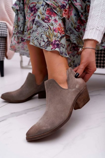 Členkové topánky na podpätku farba hnedá kód obuvi 2456 CAPPU/W