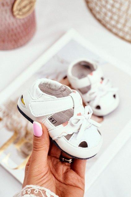 Detské sandále farba biela kód obuvi IC32 WHITE
