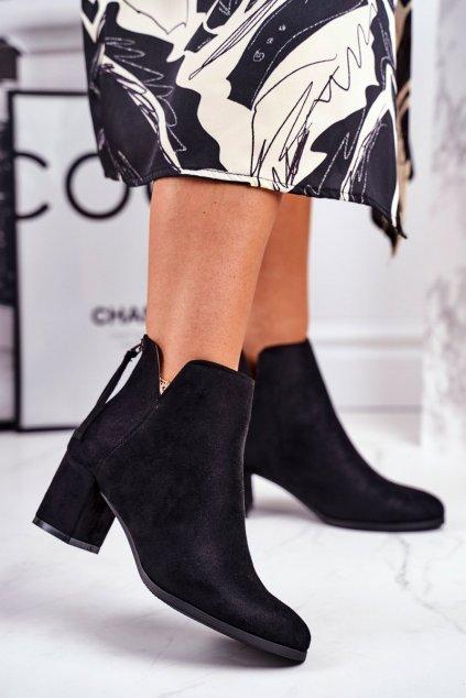Členkové topánky na podpätku farba čierna kód obuvi 21-16092 BLK SUEDE