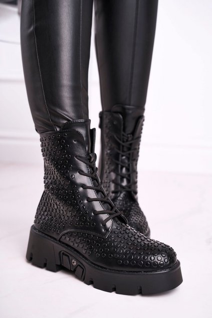 Členkové topánky na podpätku farba čierna kód obuvi C-164 BLK
