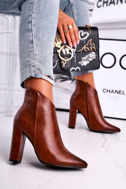 Členkové topánky na podpätku farba hnedá kód obuvi 8305 CAMEL