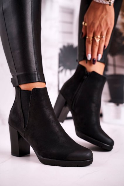 Členkové topánky na podpätku farba čierna kód obuvi BT311 BLACK