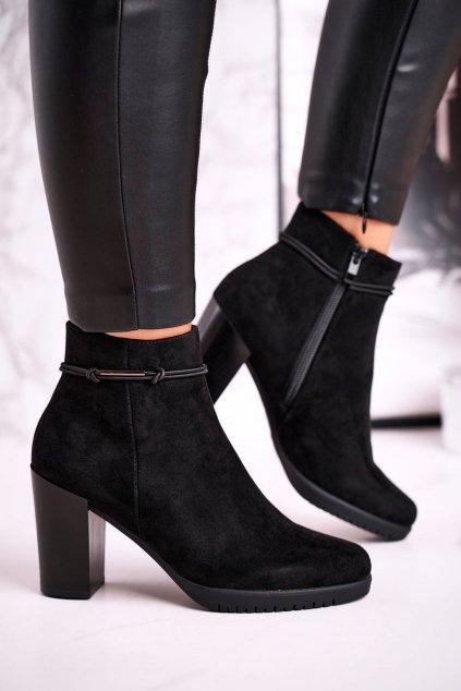 Členkové topánky na podpätku farba čierna kód obuvi BT306 SUEDE BLACK
