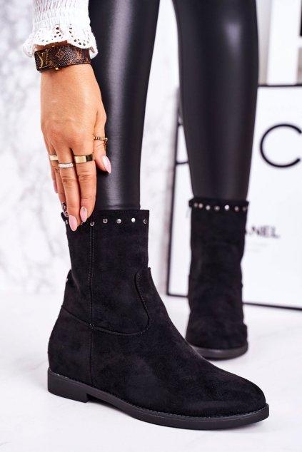 Členkové topánky na podpätku farba čierna kód obuvi A8301/A SUEDE BLK