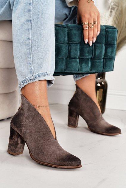 Členkové topánky na podpätku farba hnedá kód obuvi 1231 ALMOND.WELUR