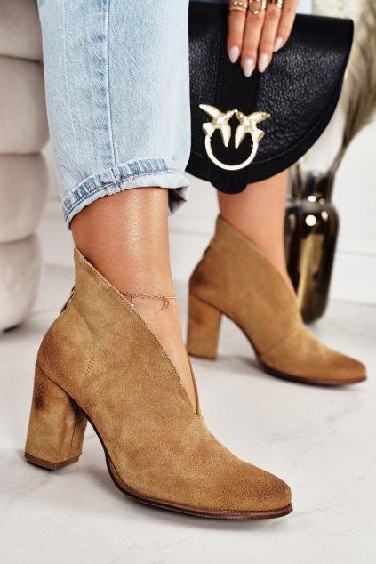 Členkové topánky na podpätku farba hnedá kód obuvi 1231 LION.WELUR
