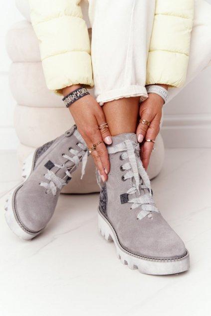 Členkové topánky na podpätku farba sivá kód obuvi 05033-03/00-5 POPIEL