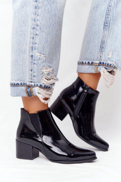 Členkové topánky na podpätku farba čierna kód obuvi BT153 BLACK