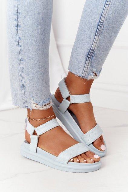 Dámske sandále s plochou podrážkou na platforme farba modrá kód obuvi CK197 BLUE