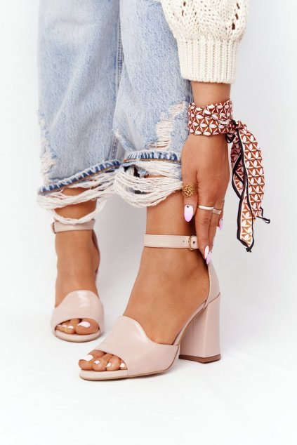 Dámske sandále na podpätku farba ružová kód obuvi 4361537/477 MAKE UP