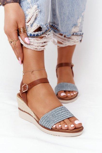 Dámske sandále na platforme farba hnedá kód obuvi 21SD98-3590 BLUE