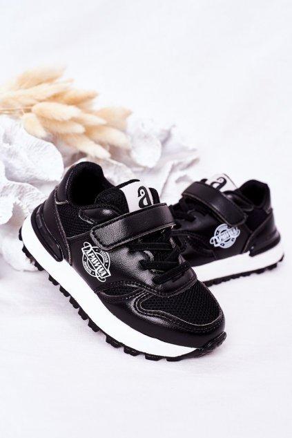 Detské tenisky farba čierna kód obuvi GC23 BLACK